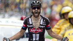 Froome všechny alpské ataky odrazil, Merckxovu horu dobyl německý vousáč