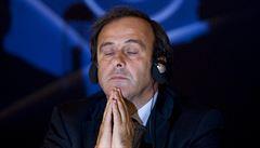 Blatterovo místo chci já. Platini podal kandidaturu a potěšil Čechy