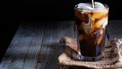 Správná ledová káva? Bez kávovaru či tepelné úpravy