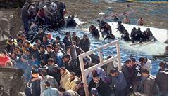 Zikmund a Hanzelka v uprchlických táborech. Konfrontační výstava pokryje zdi Letenských sadů