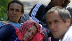 Rozumějí jen razítku a slovu Debrecín. Reportáž z azylového vězení pro uprchlíky