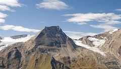 V rakouských Alpách zemřela Češka. Sjela po suti a spadla přes skalní převis