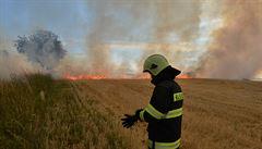 Perné léto pro hasiče. Likvidovali nejvíce požárů za posledních deset let