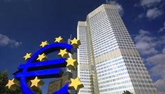 Evropská centrální banka přestane nakupovat dluhopisy, udržovala tak inflaci