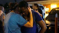 Na pietě ve Fergusonu se střílelo, zraněný je v kritickém stavu