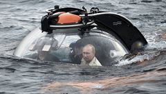 Putin-archeolog se na Krymu potápěl pro amfory. Máme hluboké kořeny, řekl