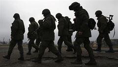 Slovenský parlament podpořil vyslání vojáků do operace NATO. Je to provokace, míní Kotleba