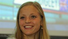 Baumrtová plavala nejlépe za poslední dva roky a je ve finále, Závadová čtvrtá