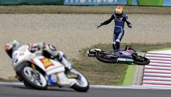 Šampionát v Brně sužuje horko, spíš než jezdci mají problémy stroje