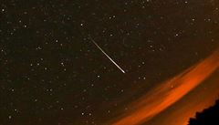 V noci budou padat hvězdy. Perseidy rozjasní oblohu až sedmdesátkrát za hodinu