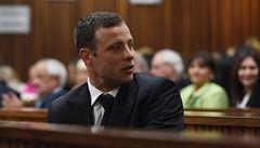 Pistorius zřejmě zůstane ve vězení, jeho předčasné propuštění se odkládá