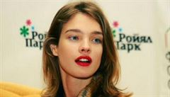 Ruský kavárník vyhnal postiženou sestru slavné topmodelky. Teď mu hrozí vězení