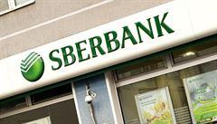 Na ruskou Sberbank dopadly sankce. Zisk jí loni klesl o 20 procent
