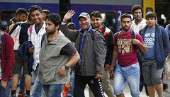 Migrační krize: tisíce uprchlíků v Rakousku a Německu, sto zachráněných u Kypru