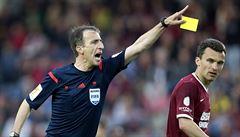 Italský fotbal už nechce trestat, ale odměňovat. Vyzkouší proto zelené karty
