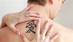 Chytré tetování pomůže hlídat choroby. Mění svou barvu podle stavu těla