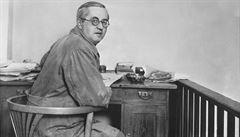POHNUTÉ OSUDY: Vymyslel slovo 'robot'. Josef Čapek zemřel v koncentračním táboře