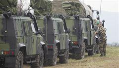 Čeští vojáci střežící hranici před běženci? Generály to zabolí