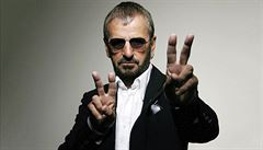 Ringo Starr jde do aukce. Na prodej je na 800 věcí bývalého 'Brouka'
