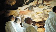 Jeskyně Lascaux je považována za Sixtinskou kapli pravěku