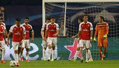 Čech nechytal a Arsenal v Lize mistrů překvapivě padl, ztratila i Barcelona
