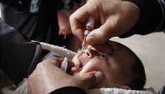 Dětská obrna se šíří i tam, kde zmizela, varuje WHO
