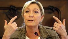 Marine Le Penová není francouzským Donaldem Trumpem