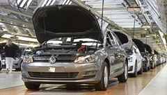 Na světě je 11 milionů aut s podváděcím softwarem, přiznal VW. Na pokuty vyčlení 6,5 miliardy eur