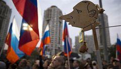 Putin poprvé po roce a půl povolil demonstraci. Přišly tisíce lidí