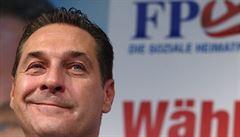 Protesty proti plesu krajně pravicové strany FPÖ. Pořadatelé zpřísňují bezpečnostní opatření