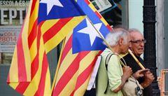 Katalánci volí parlament, mnozí se chystají dát hlas separatistům