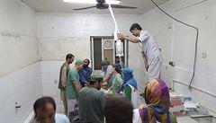 Nepohybliví pacienti uhořeli na svých postelích, vzpomíná lékař z Kunduzu