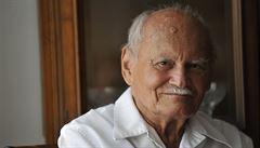 """Zemřel bývalý maďarský prezident Göncz. """"Strýčkovi Arpádovi"""" bylo 93 let"""