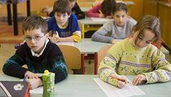 Návrat povinných dílen? Na základních školách by měl podle Babiše přibýt nový předmět technika