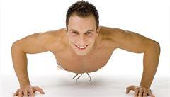Léčba testosteronem je pro muže bezpečná. Navrací sexuální touhu a snižuje tuk