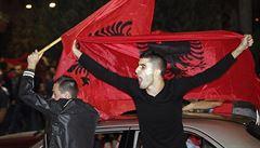Evropská pravda je světová lež! zlobí se Srbové kvůli sporné kontumaci