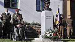 Byla otevřena expozice věnovaná parašutistovi Kubišovi, přijel i veterán Klemeš