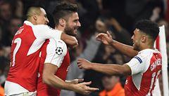 Arsenal získal v Lize mistrů cenný skalp Bayernu. Čech vychytal čisté konto