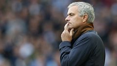 Mourinho má nůž na krku. V Chelsea by ho mohl nahradit Ancelotti