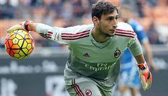Za AC Milán nastoupil šestnáctiletý brankář. A hned vychytal výhru