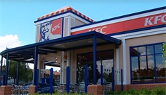 Írán uzavřel první KFC v zemi den po jejím otevření. Kvůli falešné licenci