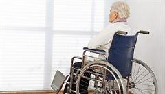 Domovy pro seniory nejsou připraveny na péči o stárnoucí LGBT