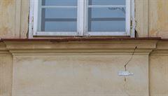 Hrad si stěžuje na Blanku: Kvůli tunelu popraskaly stěny historických domů