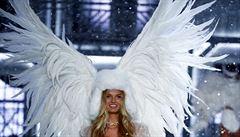 Andílci ve Victoria's Secret končí, nastoupí fotbalistka či plussizemodelka. Firma po skandálech mění tvář