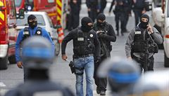 Teroristé mohou použít chemické a biologické zbraně, varoval francouzský premiér