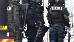 PŘEHLEDNĚ: Krvavé útoky v Paříži a hon na teroristy den po dni
