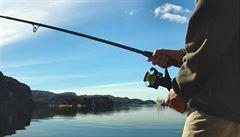 Zradil ho motor. Ruský rybář v mrazu na záchranu čekal tři dny