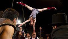 Bratry Formany zná v cirkusovém světě každý, říká akrobatka francouzského souboru Akoreacro