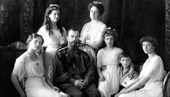 V Rusku zkoumají ostatky cara, kterého i s jeho rodinou zabili bolševici