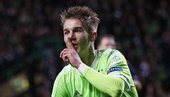 Osmnáctiletý talent Černý vstřelil svůj premiérový gól za Ajax, trefil se i Suchý